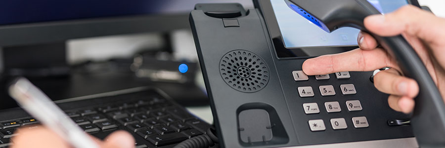 What are the different VoIP options for SMBs?